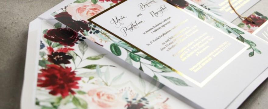 Zaproszenia ślubne w 2019 roku – jakie nowości czekają na Młode Pary