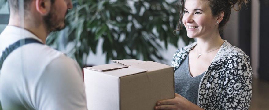 Przesyłki zagraniczne najlepszą formą wysyłania rzeczy i prezentów na cały świat