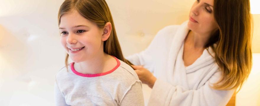 Wszy u dzieci – jaki środek wybrać? ZAPOBIEGANIE I LECZENIE