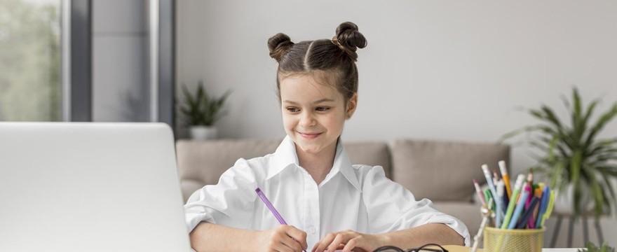 Od jakiego wieku dziecko może uczyć się angielskiego online?