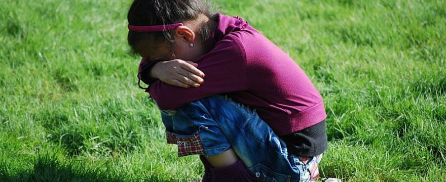 Bunt czterolatka: czym jest i jak sobie z nim RADZIĆ aby nie zwariować?