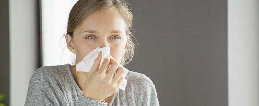 Wiosna alergika: jak łagodzić objawy alergii na pyłki?