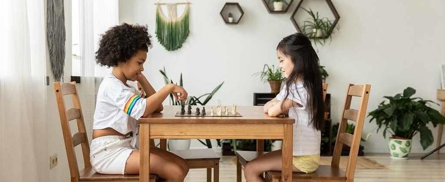 Gry strategiczne - co to jest i dlaczego warto je kupić dziecku?