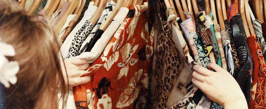 Garderoba: jak i gdzie najlepiej zorganizować garderobę w domu?