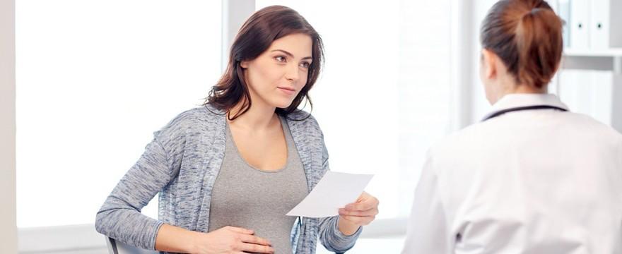 Pierwsza w ciąży wizyta u lekarza – co powinnaś wiedzieć?