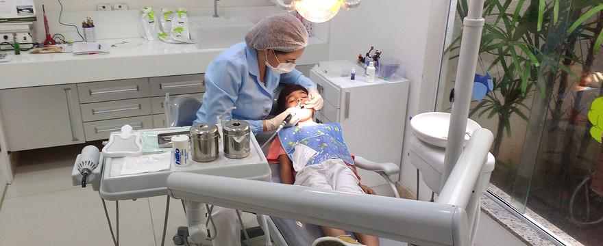 Dentysta w szkole? Tak, ale tylko dużej