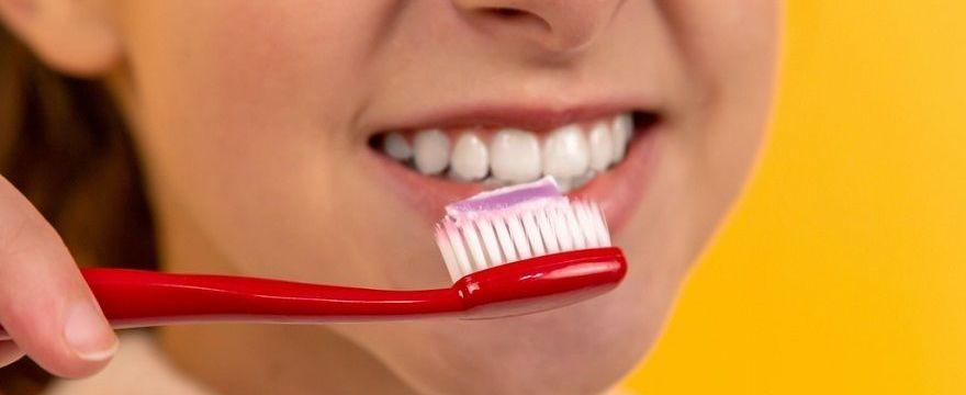 Katastrofa stomatologiczna wśród dzieci: po roku z koronawirusem dentyści biją na alarm