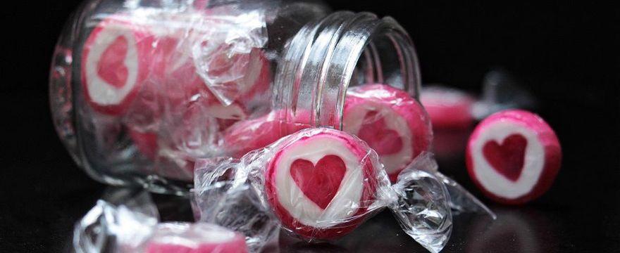 Czy rak żywi się cukrem? Co jeść by się uchronić? Wyjaśnia EKSPERT