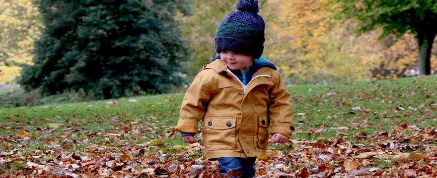 Jaki wybrać krem dla dziecka na jesienny spacer?
