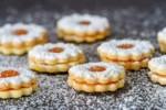 DIETETYK RADZI: desery na Boże Narodzenie bez cukru i glutenu. PRZEPISY!