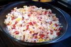 Sałatka ryżowa z krewetkami.
