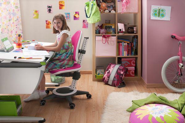 Dobór biurka i krzesła dla ucznia – WAŻNY TEMAT Artykuł