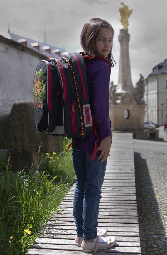 c76ccda8de5df Plecaki Topgal przyjazne uczniom - Artykuł - Familie.pl