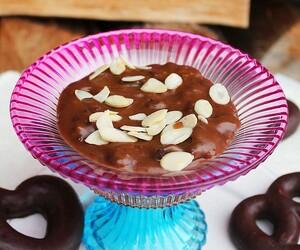Aromatyczna świąteczna zupa piernikowa – moczka. Słodka śląska tradycja pysznych świątecznych przysmaków