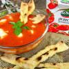 Krem pomidorowy z pikantnym chrustem