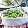 Zapiekanka z ryżem i sosem pieczarkowym