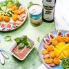 Kulki mozzarelli panierowane i podane z sosem pomidorowo-bazyliowym