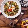 Risotto z dzikiego ryżu marki Britta, szparagów i jajka poszetowego